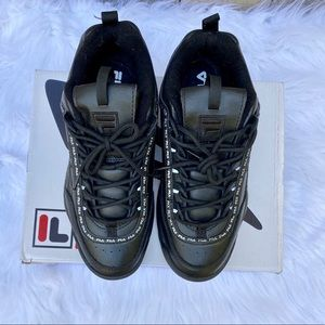 Fila Shoes - Fila Black Disruptor 2 Athletic Shoe Sz 10